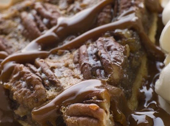 Тарт с кленовым сиропом и орехами пекан