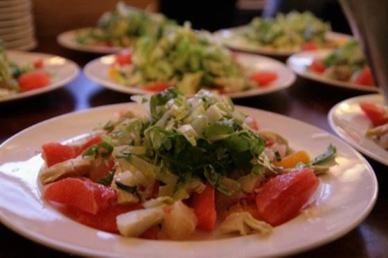 Салат с грейпфрутом и артишоками