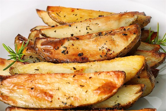 Жареный картофель с шалотом
