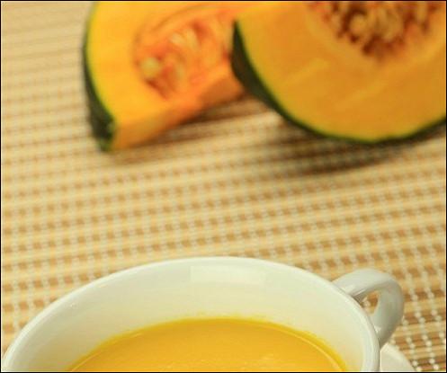Тыквенный суп-пюре с мандариновым соком