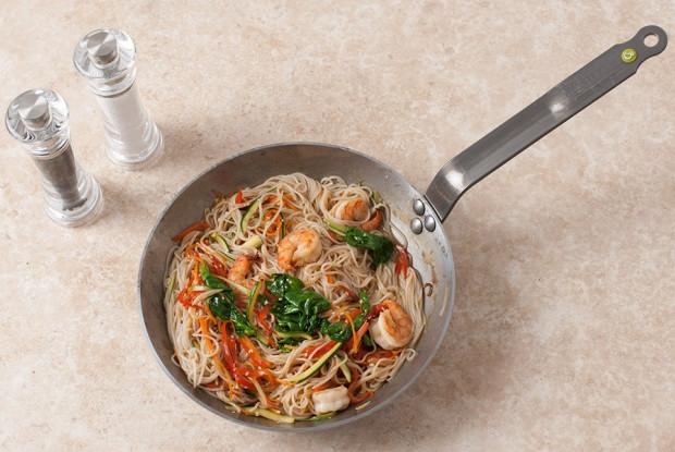 Рисовая лапша харусамэ с креветками