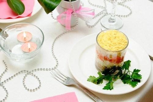 Салат «Мимоза» с крабами