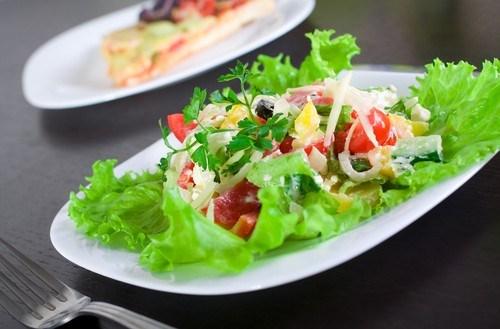 Овощной салат с пряностями