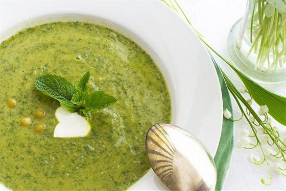 Свежий горохово-мятный суп