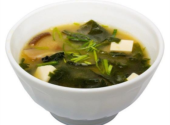 Луковый мисо суп