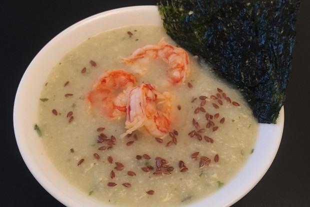 Суп-пюре из цветной капусты с аргентинскими креветками