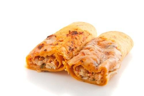 Запеченные куриные энчиладос под сыром