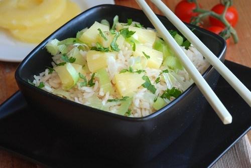 Рис с имбирем и ананасами