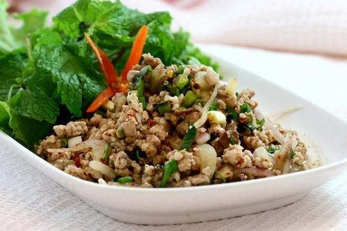 Рис с куриной печенью, сельдерeем и зеленым перцем