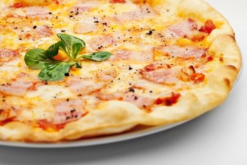 Пицца с корейкой под соусом