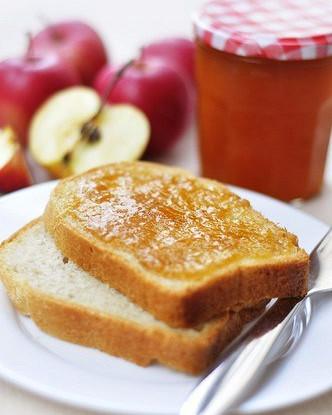 Яблочное масло со специями