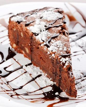 Шоколадный торт с кардамоном