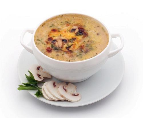 Суп из перловой крупы с хаггисом и грибами
