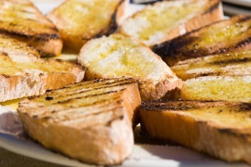 Чиабатта с чили и оливковым маслом