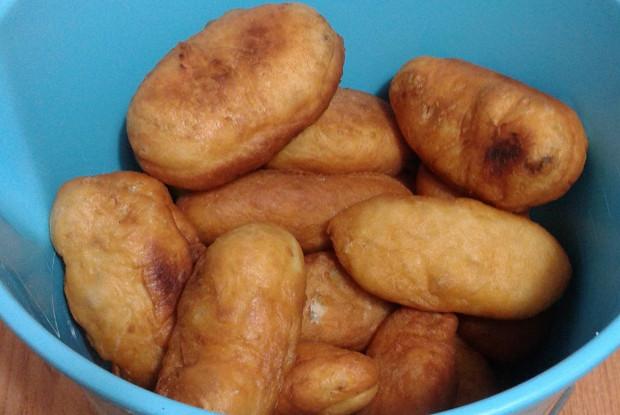 Пирожки с рисом и фаршем и с картошкой