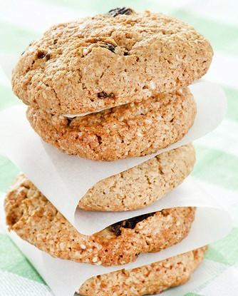 Овсяное печенье с цукини, кокосом и изюмом