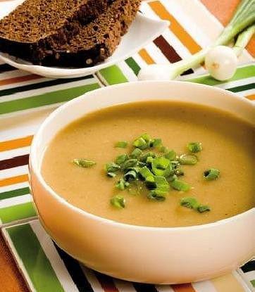 Суп-пюре из картофеля с грибами и зеленым луком