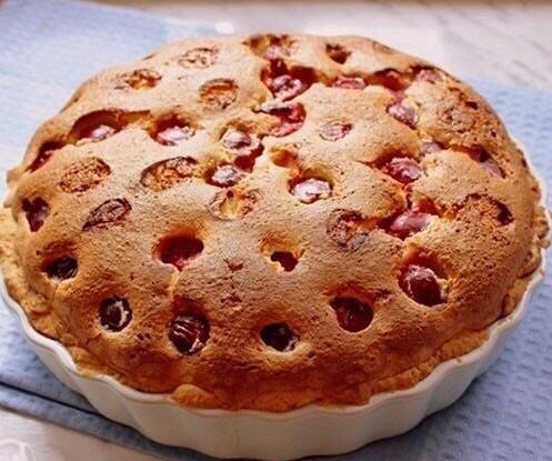 Вишнево-творожный пирог
