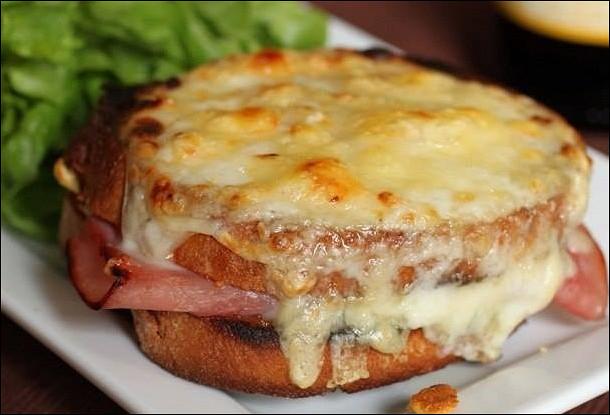 Французский бутерброд «Крок Месье» от Арама Мнацаканова