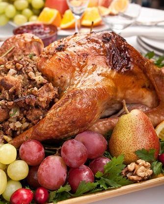 Начинка для новогодней птицы с каштанами, черносливом и сельдереем