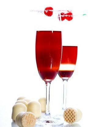 Шампанское с джином и клюквой