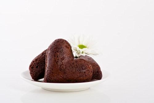 Шоколадное печенье в виде сердец