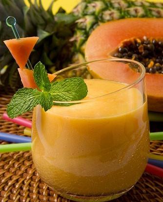 Смузи с папайей и персиками