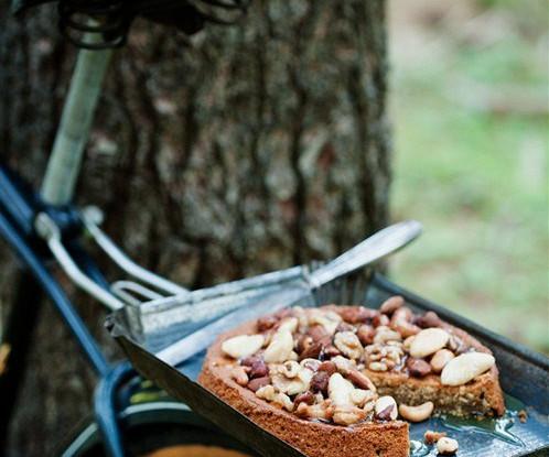 Пирог «Эспрессо» с медом и орехами