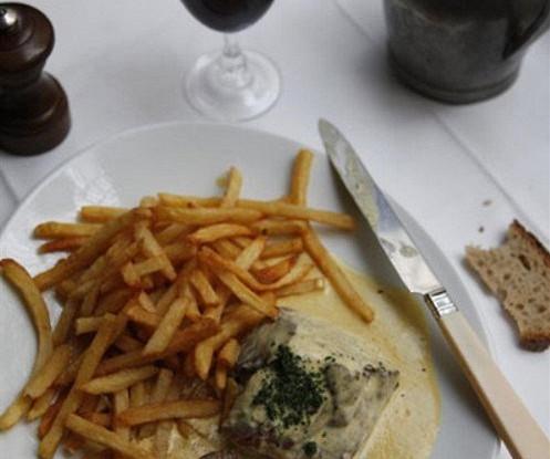 Стейк с горчичным соусом и сливочным картофелем