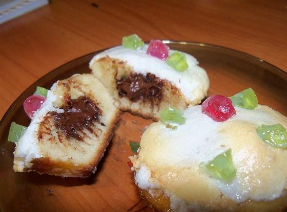 Ванильные кексы с шоколадной начинкой