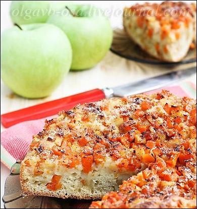Открытый пирог с тыквой и яблоками