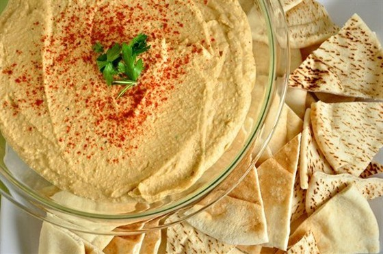 Хумус из консервированного нута