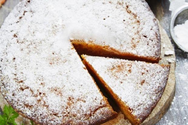 Морковный пирог с грецким орехом