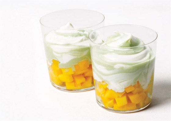 Парфе с манго и белым шоколадным йогуртом