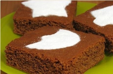Шоколадное пирожное
