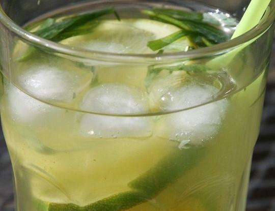 Тархун с лимоном