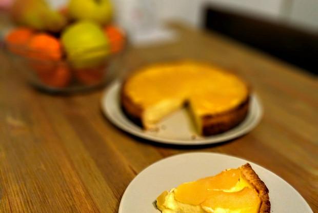 Йогуртово-лимонный торт с фруктами