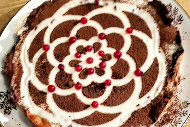 Сметано-брусничный пирог
