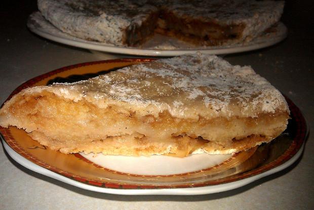 Насыпной яблочный пирог с корицей