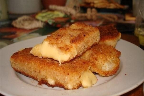 Жареный сыр по-чешски в панировке