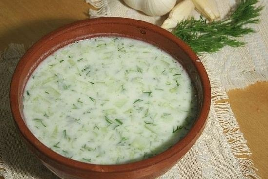 Холодный овощной суп с кефиром
