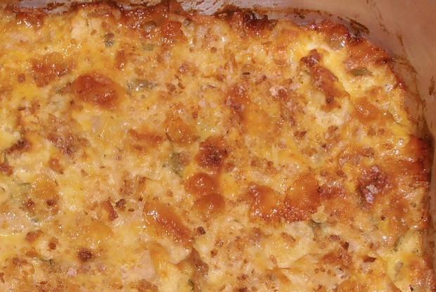 Запеканка из сыра, яблока и груши