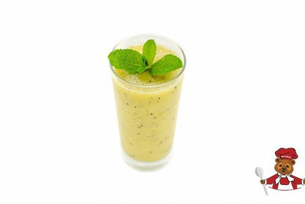 Фруктовый коктейль с мятой «Тропик»