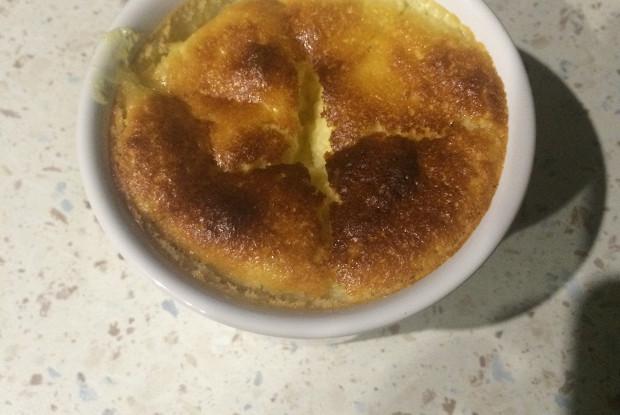 Лимонный пудинг с цедрой и соком