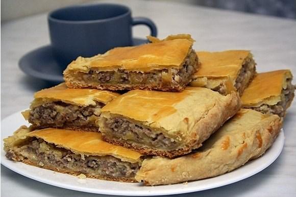 Мясной пирог с картошкой по-уральски