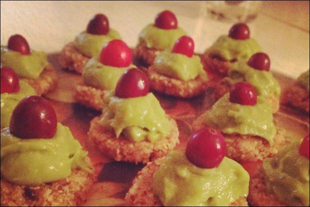 Десерт с мятно-лаймовым кремом