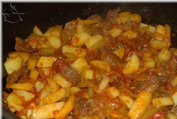 Азу по-татарски с картофелем