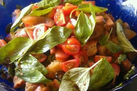 Салат «Тосканский» помидоровый