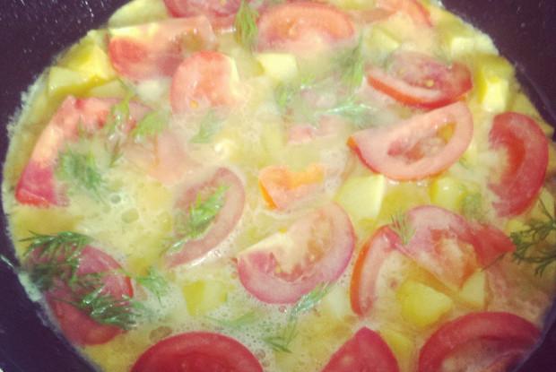 Испанская тортилья с картошкой и помидорами