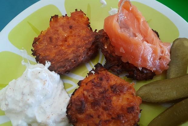 Морковно-сырные оладьи